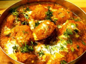Cooked dum-aloo