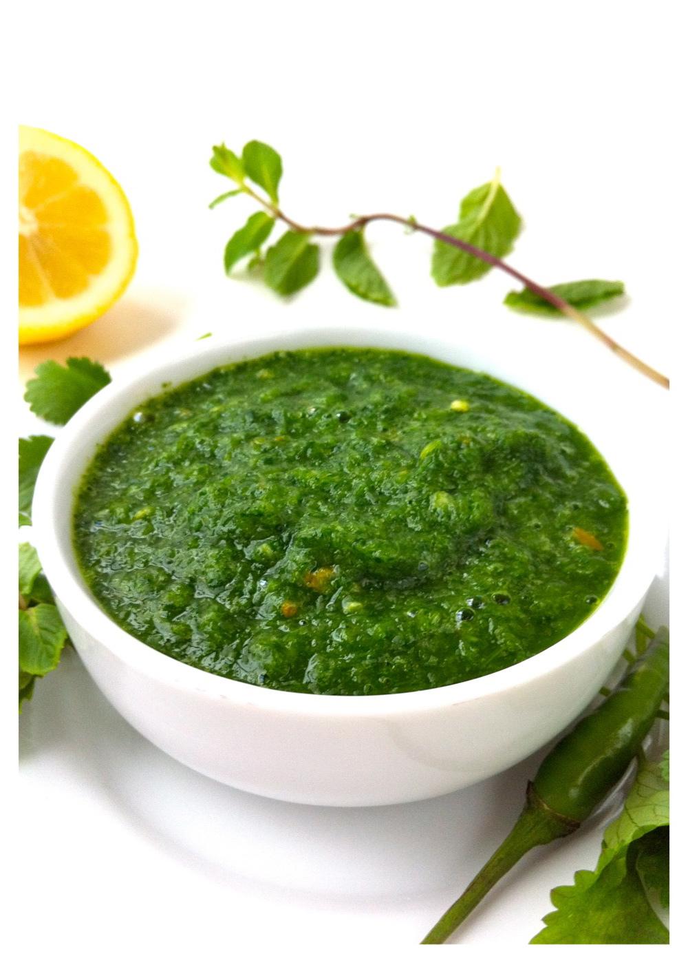 Green Dip Hari Chutney