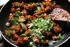 chilli-paneer-dry garnish